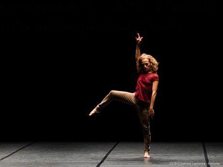 Vera Mantero – Armunia Inequilibrio 22 – Foto di Daniele Laorenza